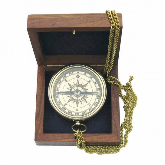 Brass compass with a chain in a wooden box Sea Club SC9033B