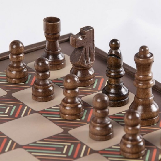 Combined game 4in1: Chess, Backgammon, Don't be angry man, Snakes