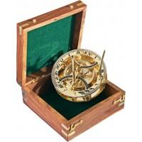 Компас слънчев часовник в луксозна дървена кутия